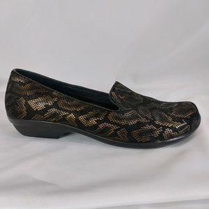Dansko 11 Black/Bronze Snake Print Comfort S10-10